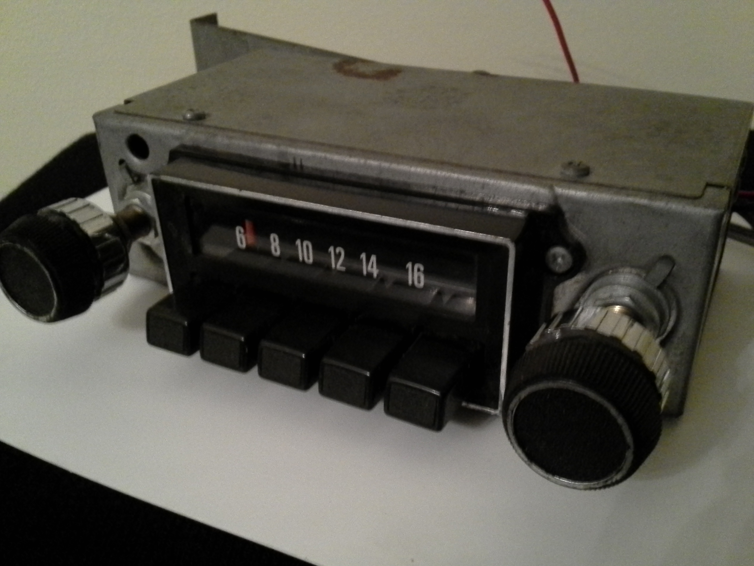 Aftermarket 1970s AM Radio, serviced and tested
